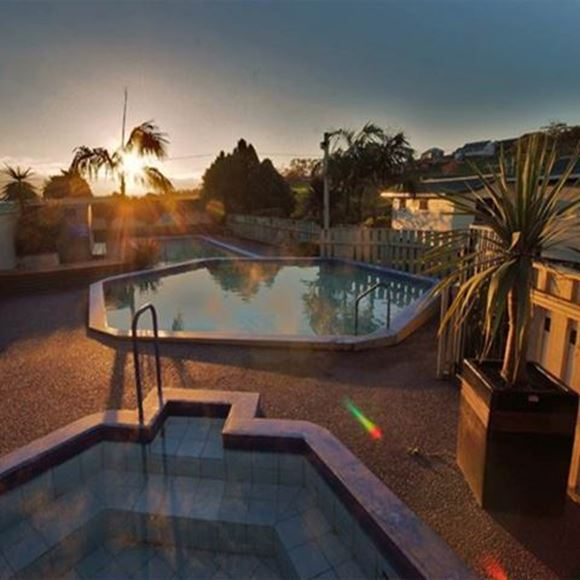 Picture of Omokoroa Kiwi Holiday Park & Thermal Pools