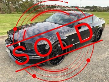 Picture of 2008 Ford Mustang - Left Hand Drive